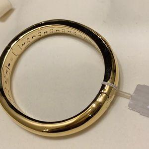 Nadri! Goldtone Bangle Bracelet!
